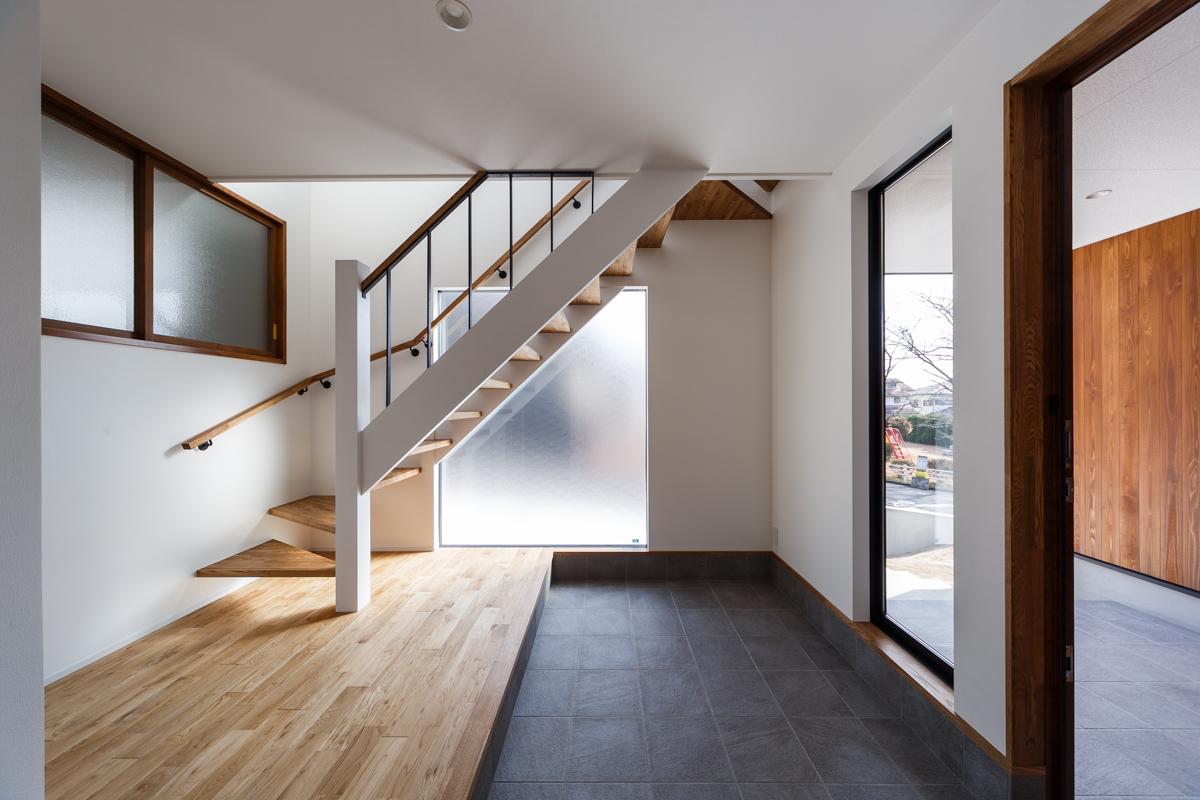 新築施工事例に「毎日の食事が楽しくなる家」を追加しました。