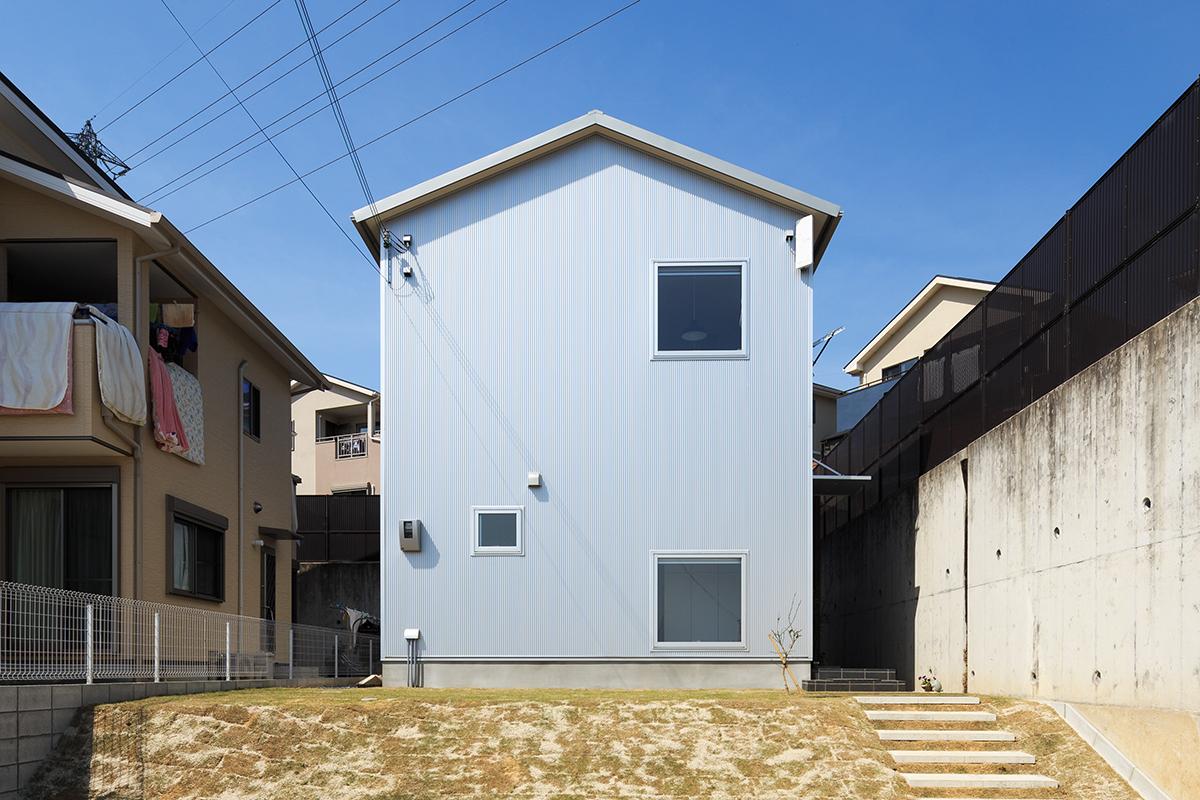 三角屋根のナチュラルハウス【奈良市】